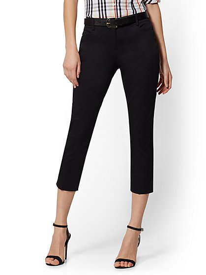 Petite Crop Slim-Leg Pant - Signature Fit - 7th Avenue - New York & Company