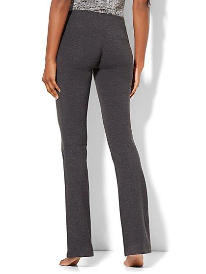 458b843ea95c0 ... Petite Grey Bootcut Yoga Pant - New York & Company