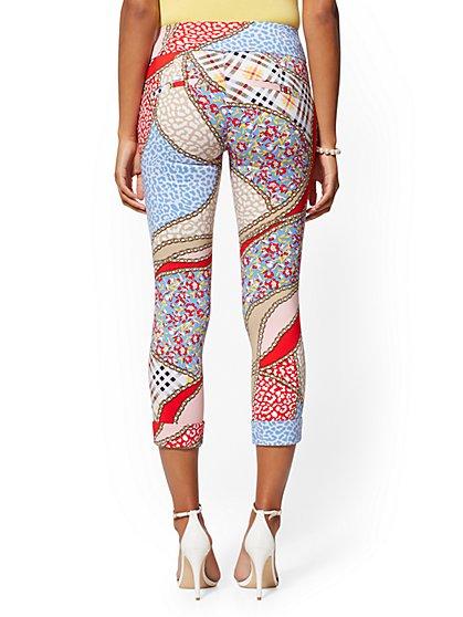 2c97877e674d6 ... Petite High-Waist Pull-On Crop Pant - Mixed Print - New York &