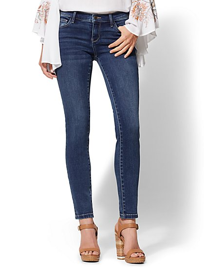 Petite Legging- NY&C Runway - Super Stretch - Soho Jeans - New York & Company