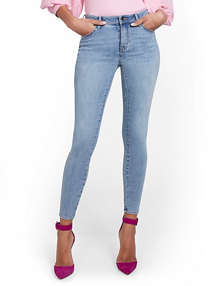Petite Lexi High-Waisted Super-Skinny Ankle Jeans - Blue Love - New York & Company