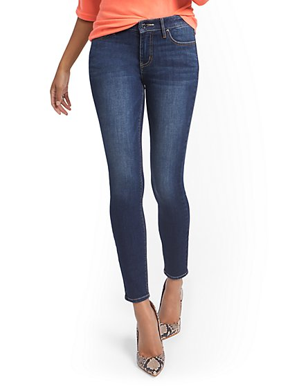 Petite Lexi Mid-Rise Super-Skinny Ankle Jeans - New York & Company