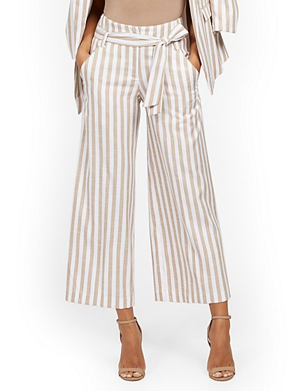 Petite Madie Wide-Leg Capri Pant - 7th Avenue - Stripe - New York & Company