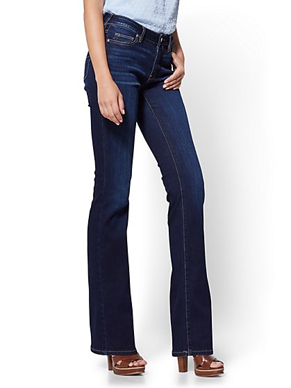 Petite Mid-Rise Curvy Bootcut Jeans - New York & Company