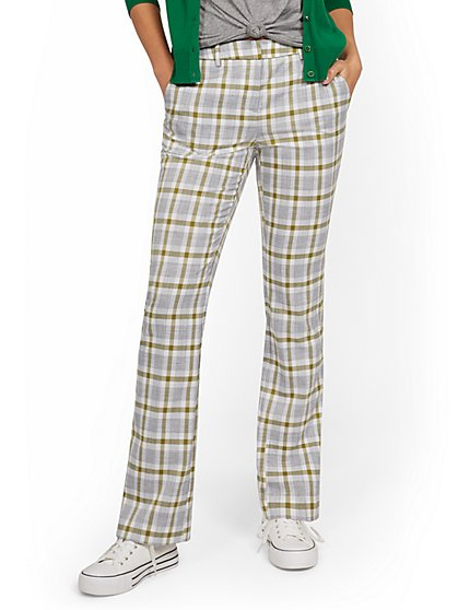 Petite Mid-Rise Modern Bootcut Pant - Plaid - New York & Company