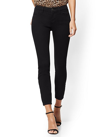 Petite Mid-Rise Super-Skinny Ankle Jeans - Black - New York & Company