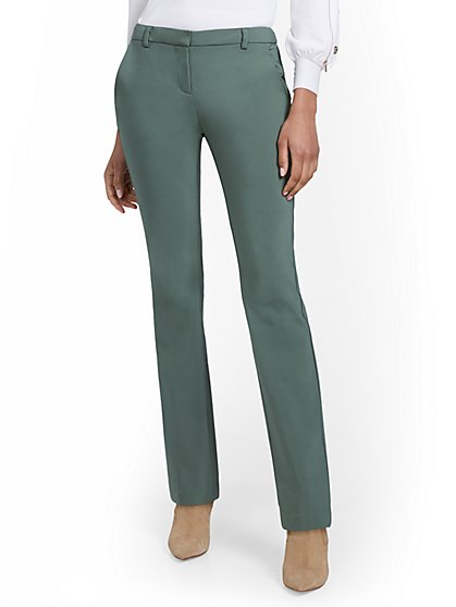 Petite Modern Low-Rise Bootcut Pant - New York & Company