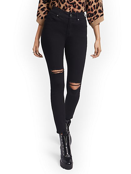 Petite Mya Curvy High-Waisted Sculpting No Gap Super-Skinny Ankle Jeans - Black - New York & Company