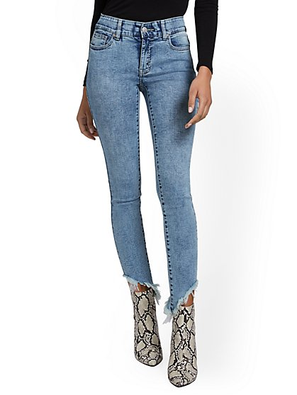 Petite Mya Curvy High-Waisted Sculpting No Gap Super-Skinny Ankle Jeans - Ripped-Hem - New York & Company
