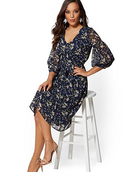 Petite Navy Floral V-Neck Shirtdress - New York & Company