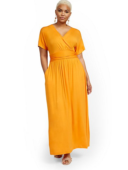Petite Short-Sleeve Dolman Maxi Dress - New York & Company