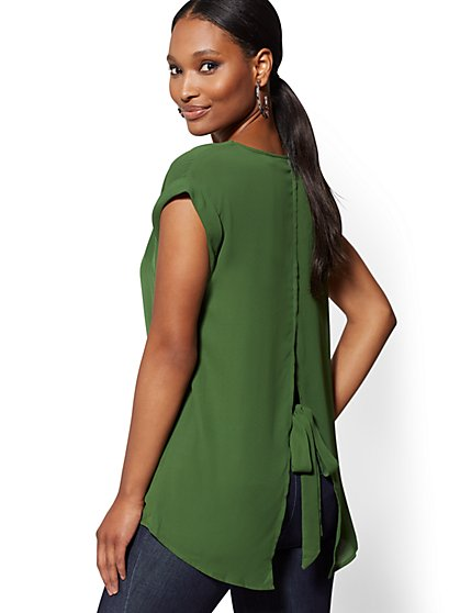 Petite V-Neck Split-Back Blouse - 7th Avenue - New York & Company