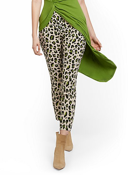 Petite Whitney High-Waisted Pull-On Ankle Pant - Animal Print - New York & Company
