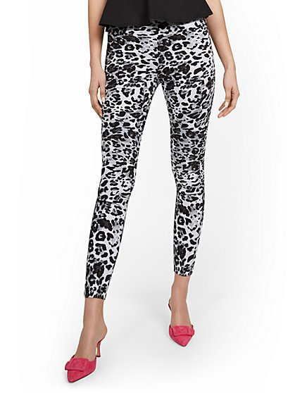 Petite Whitney High-Waisted Pull-On Slim-Leg Ankle Pant - Leopard-Print - New York & Company