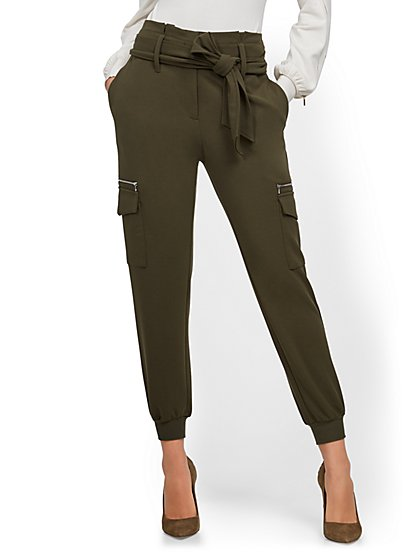 Petite Zip-Accent Straight-Leg Cargo Pant - 7th Avenue - New York & Company