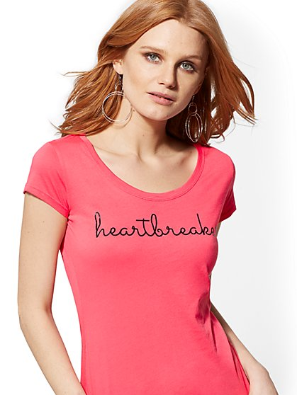 "Pink ""Heartbreaker"" Graphic Logo Tee - New York & Company"