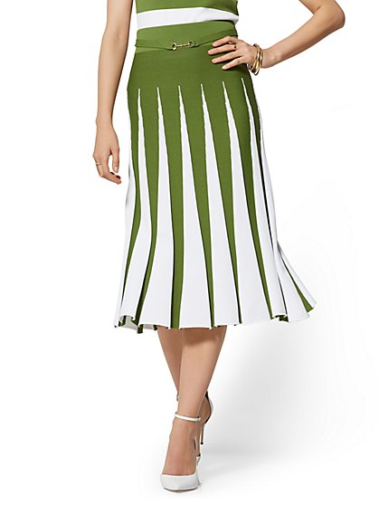 Pleated Sweater Skirt - 7th Avenue - New York & Company