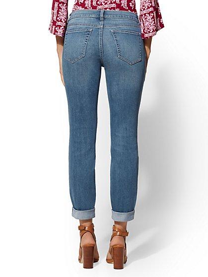 684b3acf666b ... Retro Destroyed Curvy Boyfriend Jeans - Force Blue - Soho Jeans - New  York   Company