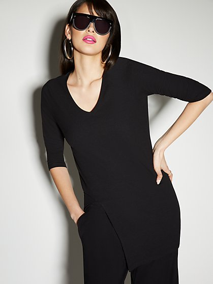 Ribbed Side Slit V-Neck Tunic Top - Everyday Collection - New York & Company