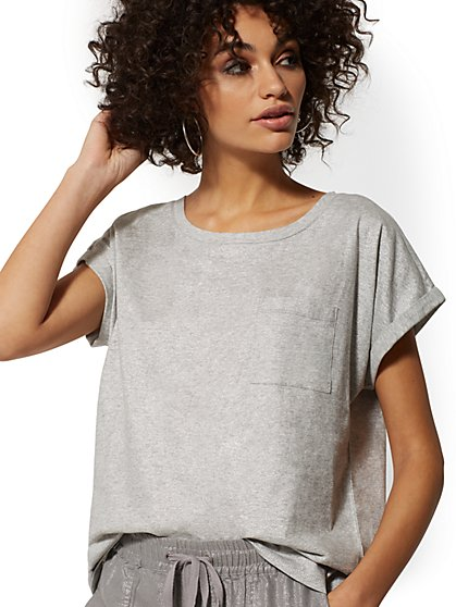 Shimmer-Finish One-Pocket Tee - Soho Street - New York & Company