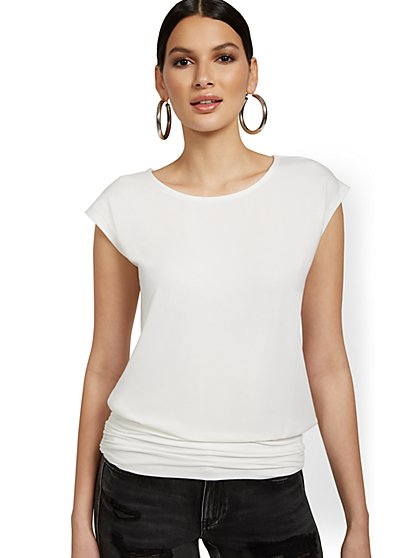 Short-Sleeve Bateau-Neck Top - New York & Company