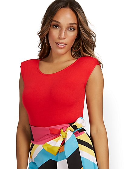 Short-Sleeve Shoulder Pad Bodysuit - New York & Company