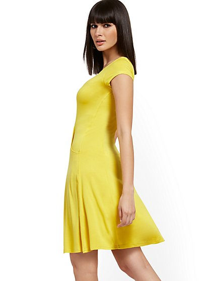 Short-Sleeve Swing Dress - NY&C Style System - New York & Company