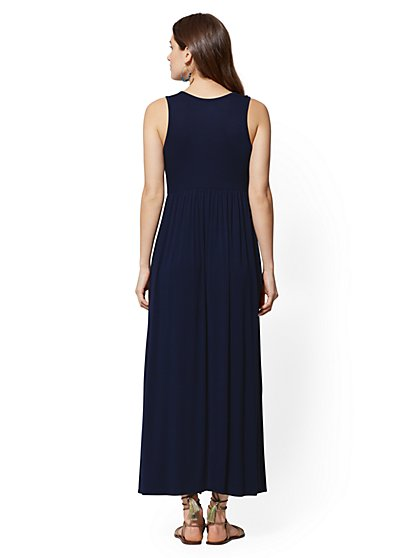 8c17f09c6ab ... Sleeveless Maxi Dress - Soho Street - New York   Company