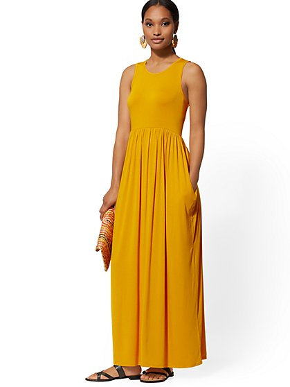 e7620a56b20 Sleeveless Maxi Dress - Soho Street - New York   Company ...