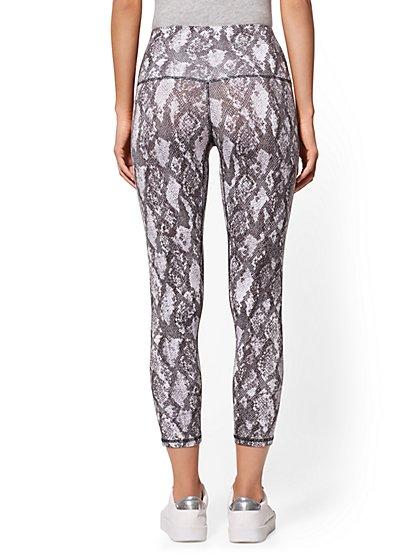 dcaa36f956e785 ... Snake-Print High-Waist Crop Legging - Soho Street - New York & Company