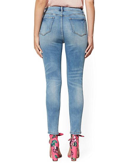 b8932c1f992 ... Soho Jeans - NY C Runway - Ultimate Stretch - Ankle Legging - Blue  Angel - New ...