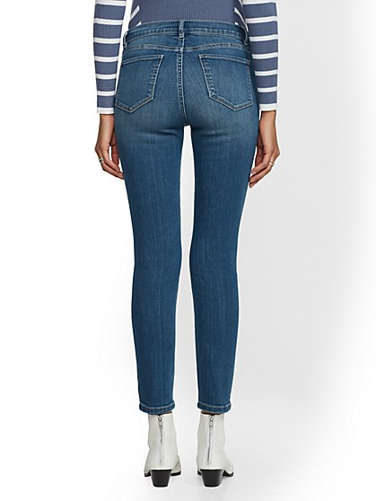 0adcb64331e ... Soho Jeans - NY C Runway - Ultimate Stretch - Ankle Legging - Blue  Society - New ...