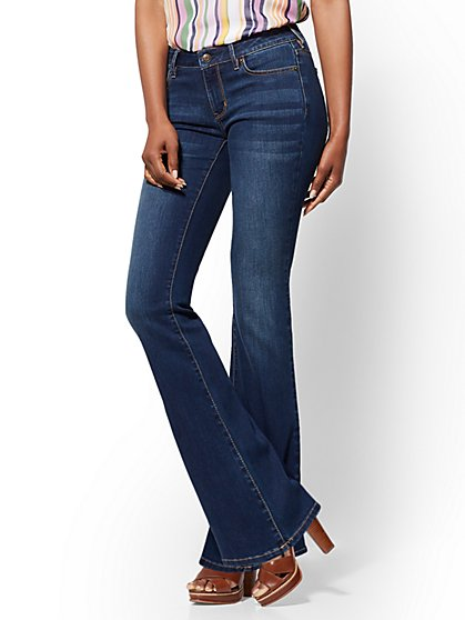 Soho Jeans - Petite Curvy Bootcut - Flawless Blue - New York & Company