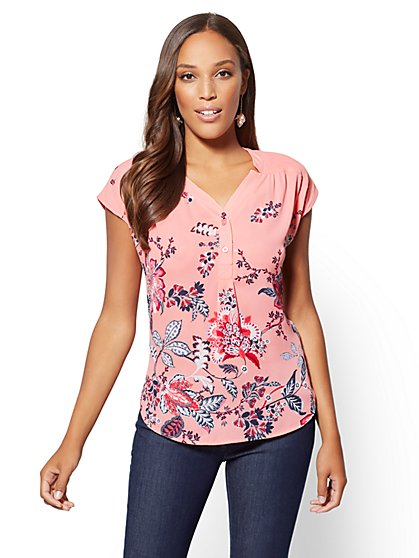 Soho Soft Shirt - Floral V-Neck Blouse - New York & Company