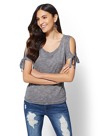 Soho Soft Tee - Tie-Detail Cold-Shoulder Tee - New York & Company