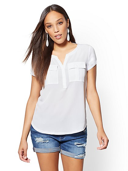 Split-Neck Double-Pocket Tee - New York & Company
