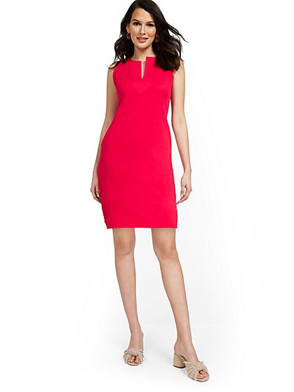 Split-Neck Shift Dress - City Knits - New York & Company