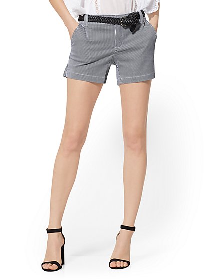 2b2e7bf4ad Stripe 4 Inch Hampton Short - Soho Jeans - New York   Company ...