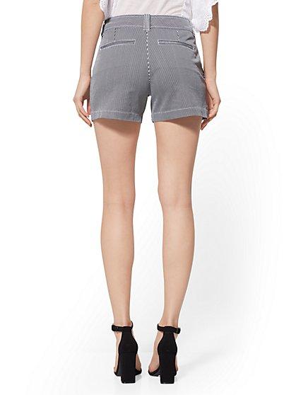 75e9548ef3 ... Stripe 4 Inch Hampton Short - Soho Jeans - New York   Company