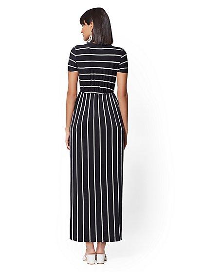 545dc02aa9cd ... Stripe Short-Sleeve Maxi Dress - Soho Street - New York   Company