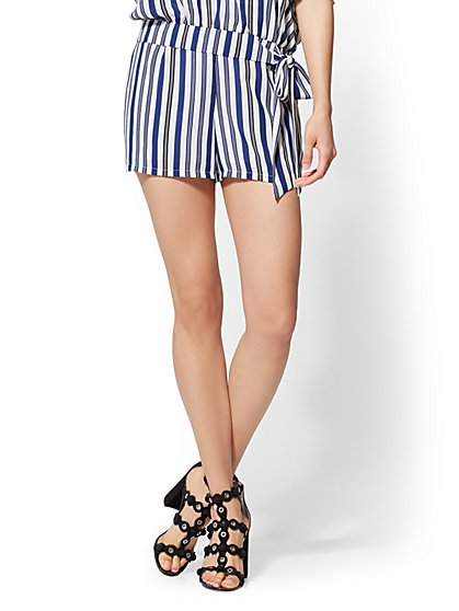 Striped Pull-On Short - New York & Company