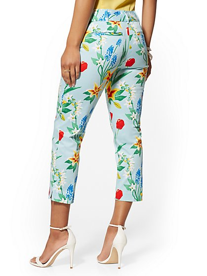 6a1df8d1aeb176 ... Structured Floral Crop Pant - 7th Avenue - New York & Company