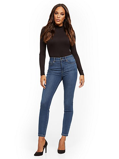 Super High-Waisted No-Gap Super-Skinny Jeans - Medium Blue - New York & Company