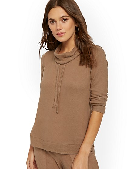 Super-Soft Knit Cowlneck Pullover - Soho Street - New York & Company