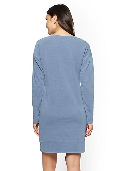 1fc351651b8 ... Sweatshirt Dress - Indigo Wash - Soho Street - New York   Company