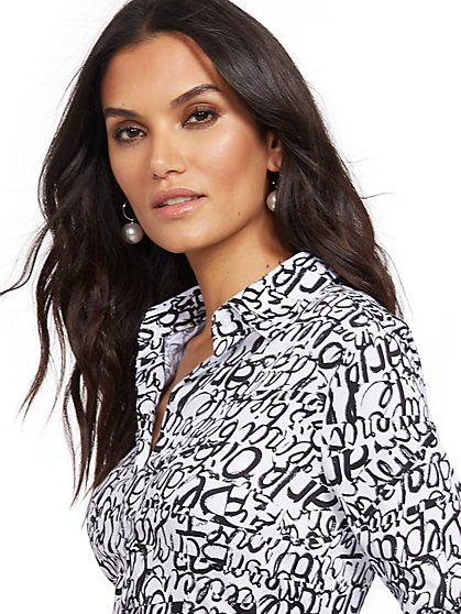 Tall Graffiti Madison Stretch Shirt - Secret Snap - 7th Avenue - New York & Company
