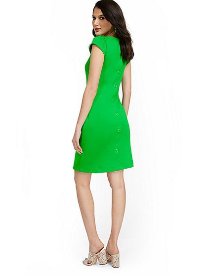 Tall Puff-Sleeve Button-Back Shift Dress - City Knits - New York & Company