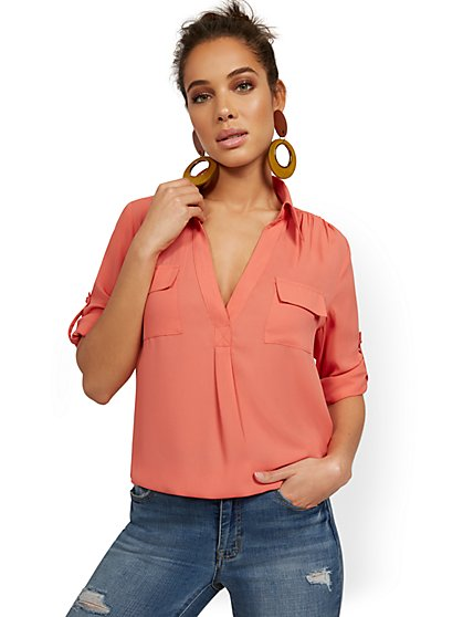 Tall Split-Neck Double Pocket Top - New York & Company