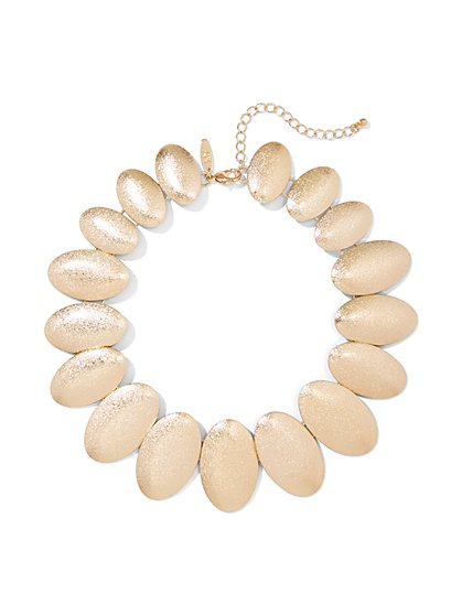 Textured Oval Collar Necklace - New York & Company