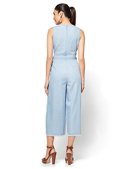 39e63b7d8f8 ... Ultra-Soft Chambray Jumpsuit - Soho Jeans - New York   Company